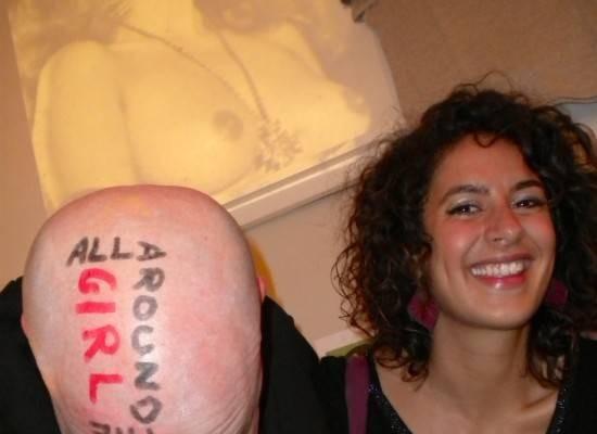 Et si on dessinait sur la tête de Jason?
