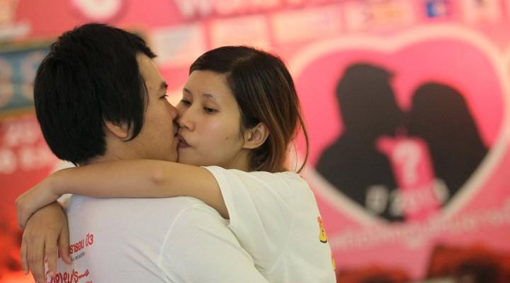 """""""Un baiser de 58 heures à la thaïlandaise s'il vous plaît"""""""