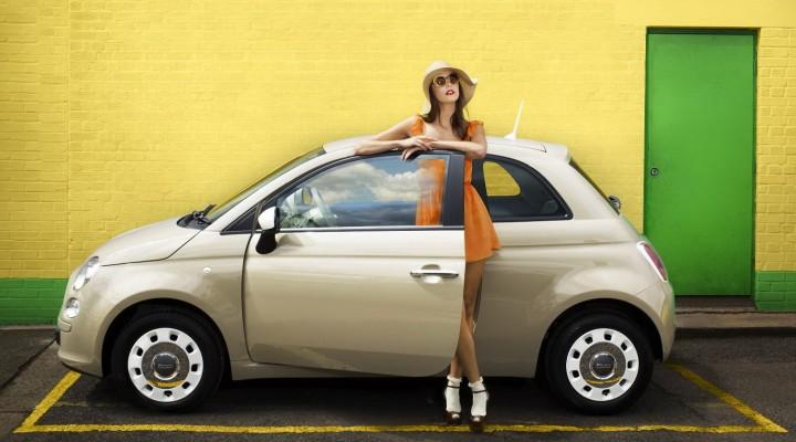 Danser le calypso en Italie, oui mais au volant d'une Fiat 500 vintage.
