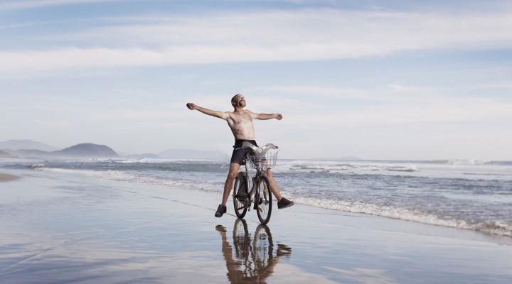 Le tour du monde en vélib' by Aurélien Dupuis