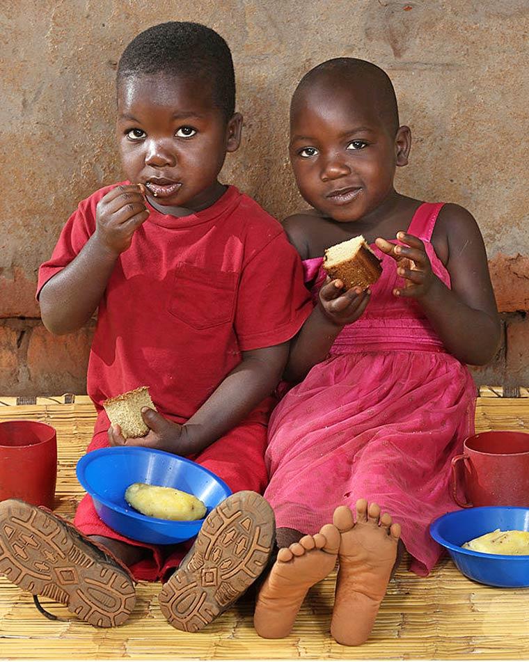 Phillip Kamtengo, 4  ans & Shelleen Kamtengo, 4 ans - Chitedze, Malawi