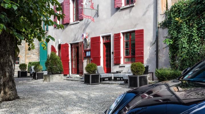 L'Auberge de l'île : escapade mystérieuse sur l'île Barbe à Lyon
