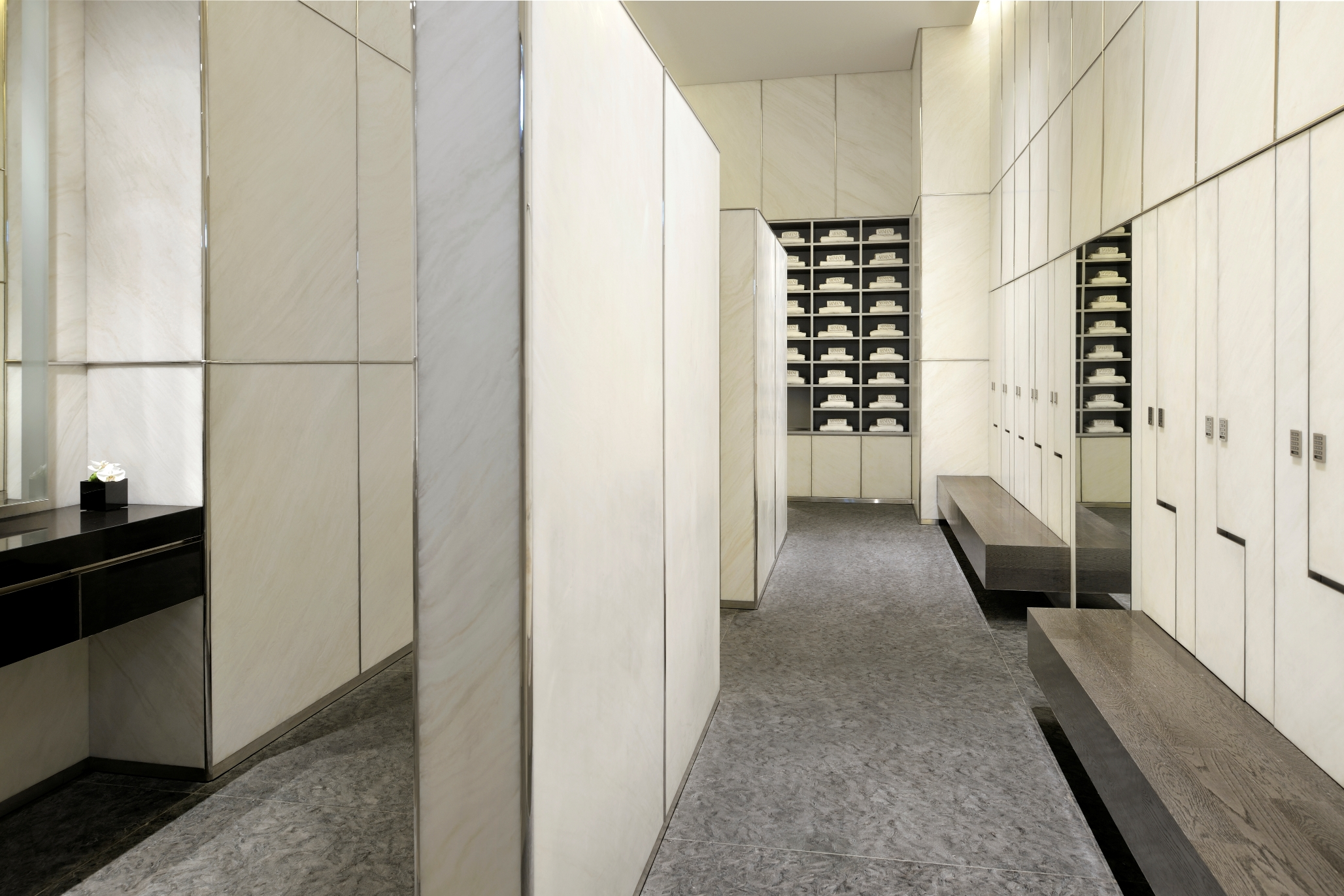Armani Spa - Changing Room2