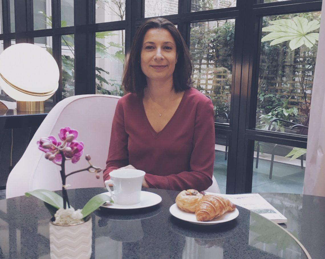 Stéphanie Richez, 42 ans, Directrice du Narcisse Blanc à Paris