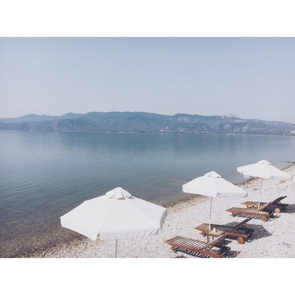 grece-lesvos-montagne-transat-mer-plage