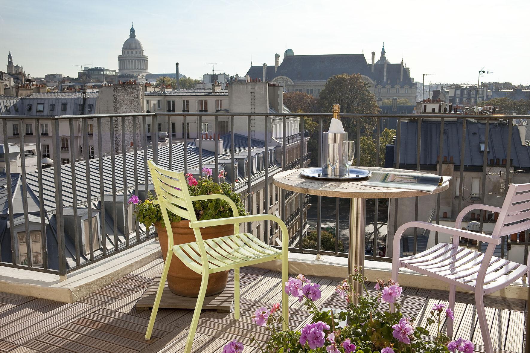 appli-sunnychairs-terrasses-paris