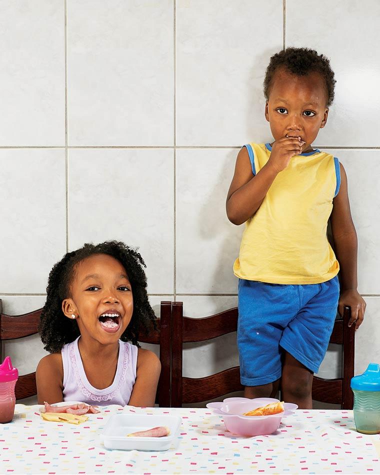 Aricia Domenica Ferreira, 4 ans & Hakim Jorge Ferreira Gomes, 2 ans - São Paulo, Brazil