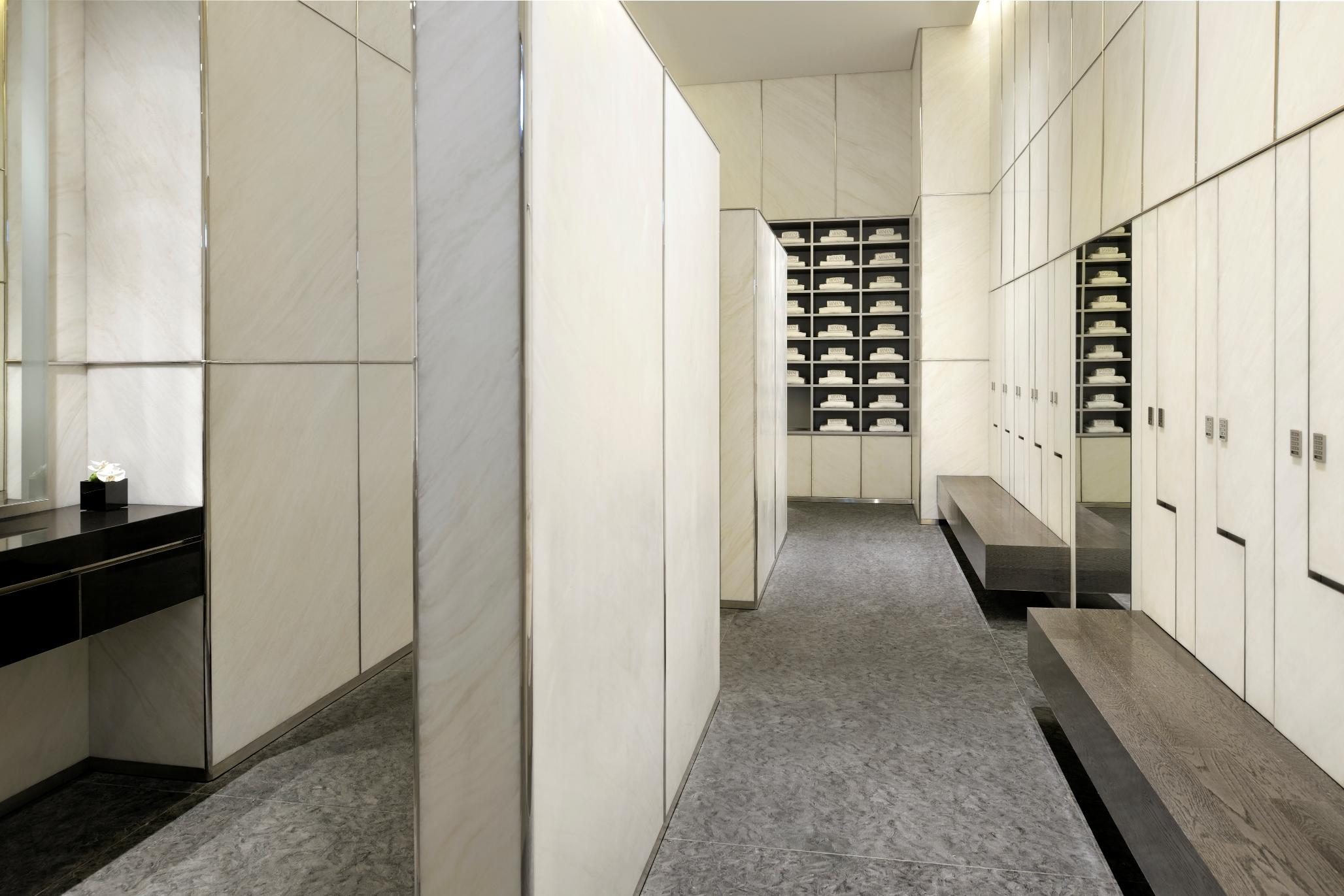 Armani Spa - Changing Room2