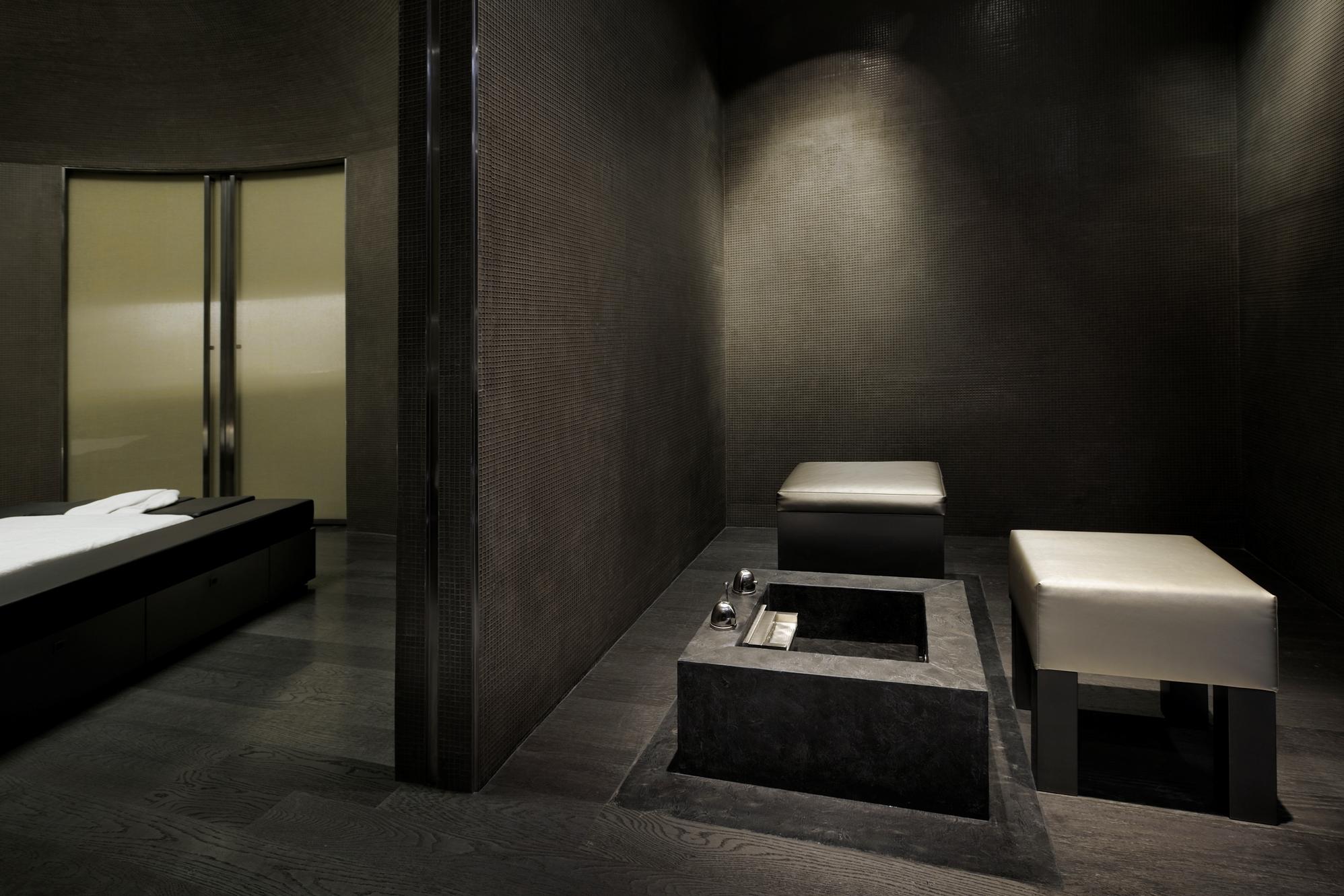 Armani Spa - Signature Suite2